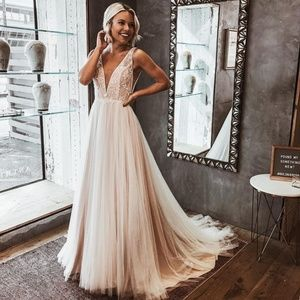 BHLDN Whispers & Echoes Quillen Wedding Gown 4 NEW